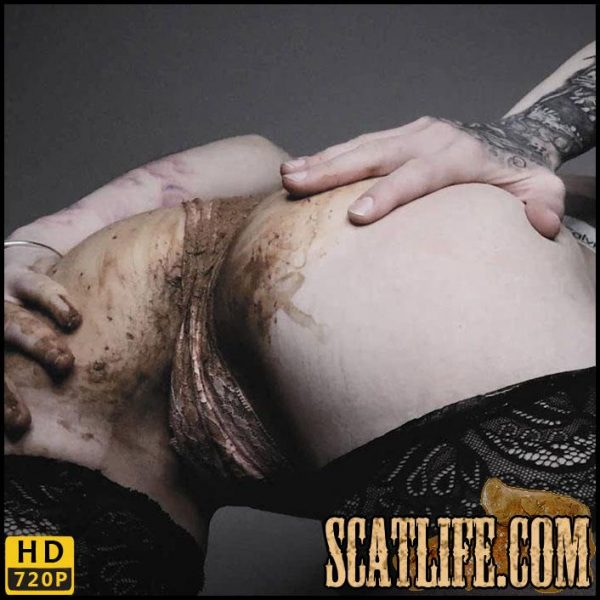 PANTY + SHIT = Dirty SCAT GIRL – SweetBettyParlour – HD 720p (Scat solo, Smearing, Farting) 25/02/2018